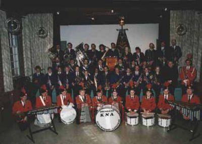KNA nog in het oude uniform tijdens het 70-jarige jubileum in 1993.